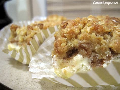 paula deen caramel apple cheesecake bars with streusel topping apple cheesecake streusel bars latest recipes