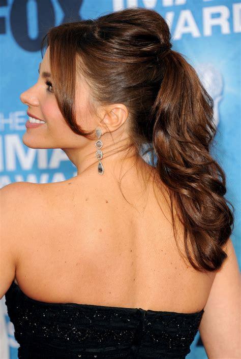 put your on a haircut sofia vergara ponytail ponytail lookbook stylebistro