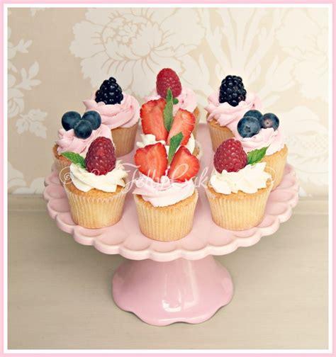 Miniatur Cake 2 Susun Miniature Fruit Cake cupcakes and mini cakes jellycake