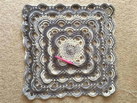 crochet pattern virus blanket virus shawl made square crochet pinterest circles