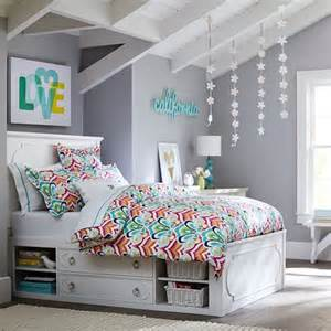 Spring bedroom decorating ideas to rid the winter blues