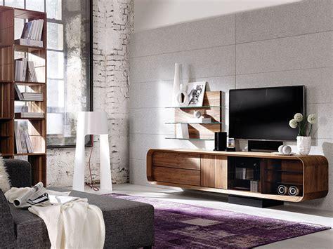 Meuble Tv En Noyer by Meuble Tv Noyer Massif Meuble Tv Noyer Design Le Luxe D