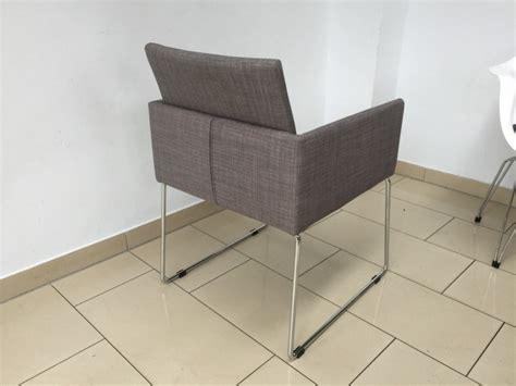 stuhl mit armlehne gepolstert stuhl grau stuhl mit armlehne gepolstert