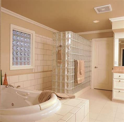 badezimmer windows privacy 928 besten glass block showers bilder auf