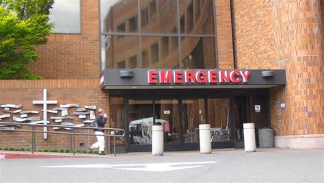 portland emergency room portland oregon circa 2013 hospital entrance with professional entering through front