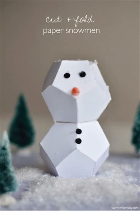 How To Make A Paper Snowman - cut fold snowman family crafts