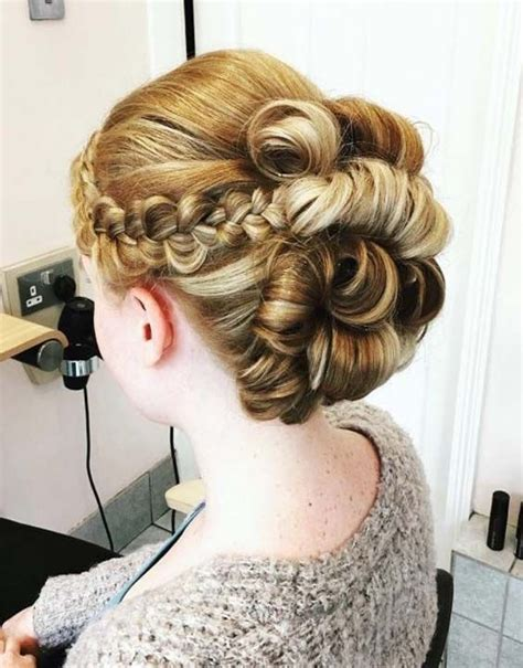 rolling hair styles 5 best quinceanera hairstyles for 2018 hairstylesco