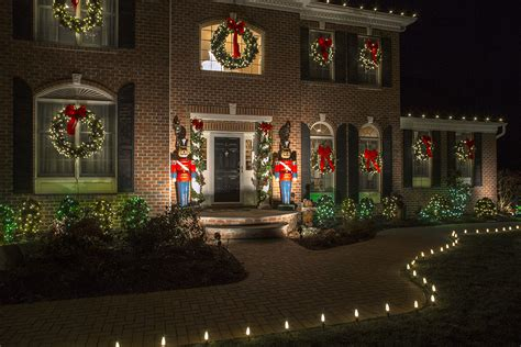 christmas decorating ideas for your front porch neave decor