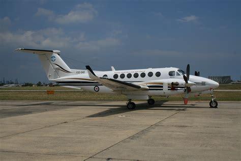 beechcraft king air 350 file australian beechcraft b300 king air 350 jpg
