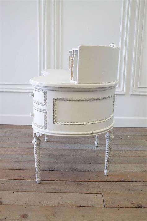 Kidney Bean Shaped Desk 20th Century Louis Xvi Style Kidney Bean Shaped Desk And Chair At 1stdibs