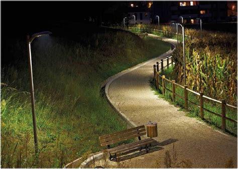 illuminazione stradale a led illuminazione s t e soluzioni tecniche per l edilizia