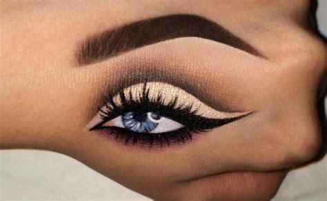 tutorial instagram on hand neuer instagram trend hand make up woman at