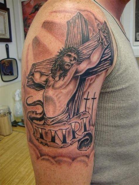 jesus christ on cross tattoos 61 classic jesus tattoos on shoulder