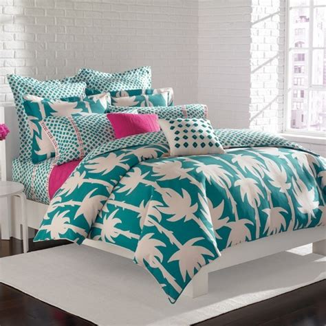 How Much Is A Comforter by Dvf Studio Palm Bedding Not Sure If I Like The Duvet