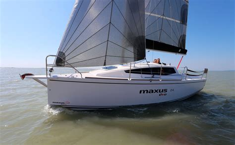 yacht yacht revue maxus 24 evo yachtrevue at
