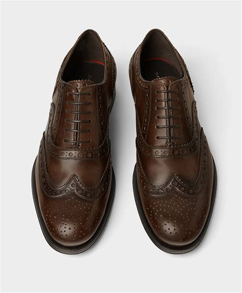 define oxford shoes oxford vs brogues what s the difference style fashion