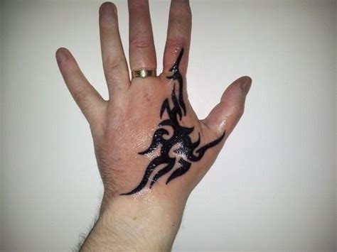 black henna tattoo for left hand inofashionstyle com 10 tribal tattoos for 7 tattoos tattoos
