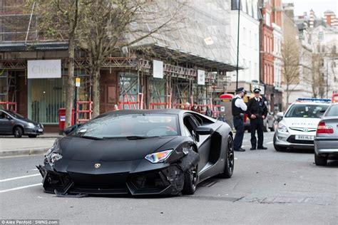Wrecked Lamborghini by Lamborghini Aventador Worth 163 300 000 With Top Speed Of