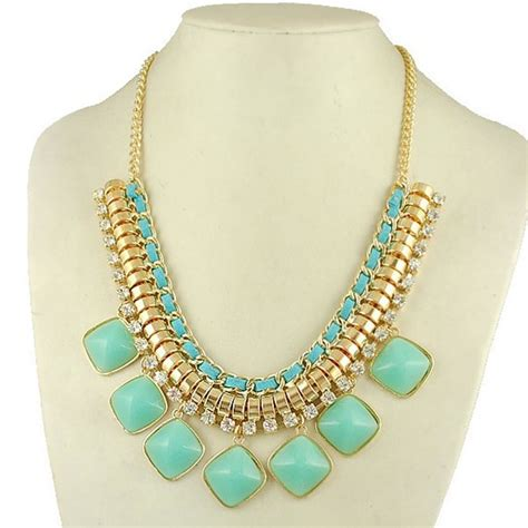 Turquoise Statement Necklace fashion trend seeker shop luxurious turquoise