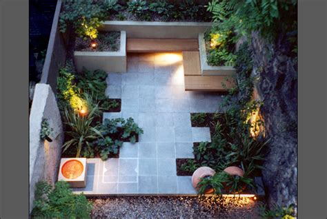 Modern Garden Designs For Small Gardens 8 Home Ideas Small Contemporary Garden Ideas