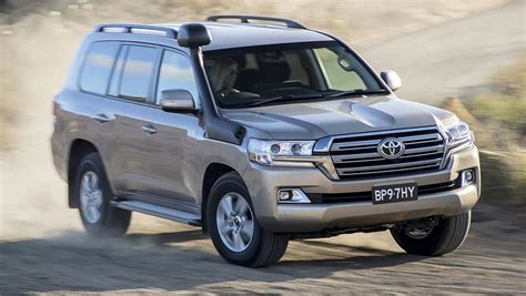 2019 toyota land cruiser 200 toyota landcruiser 200 series 2019 pricing and spec