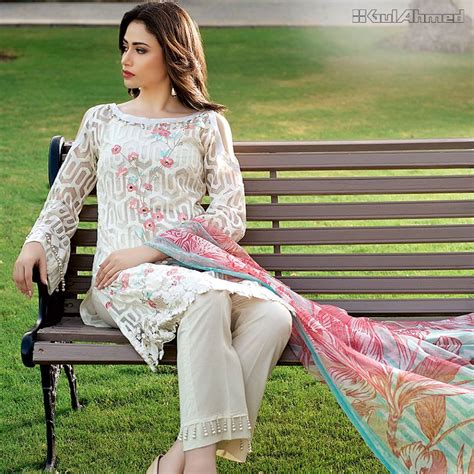 Sprei Festivo Colection 8 delightful summer luxury festive collection by gul ahmed nationtrendz