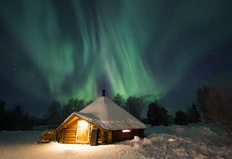 alaska igloo hotel northern lights arctic hotel looking for northern lights spotter in