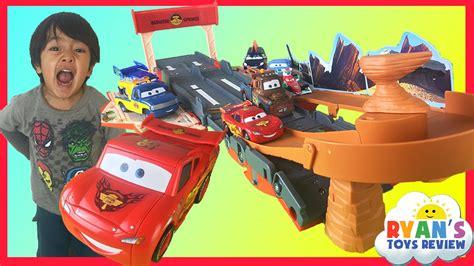 lighting mcqueen race track disney cars lightning mcqueen toys transforming drift race