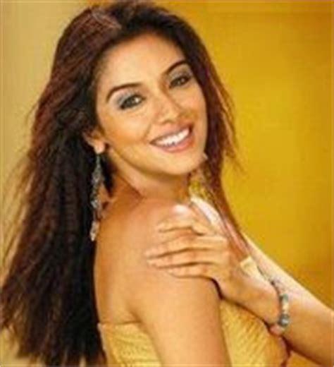 Saroja Asin indian masala gallery photos masala tamil telugu masala cleavage pics