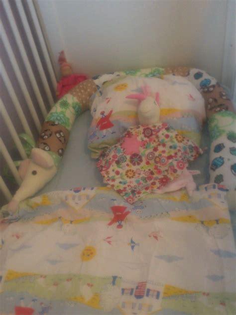 baby schläft nicht im bett will nachts nicht im eigenen bett schlafen hund im