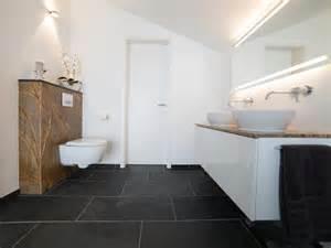 badezimmer schiefer schiefer mustang fliesen in modernem badezimmer