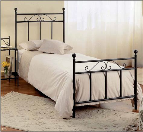 a small bed sle single iron bed for a small room