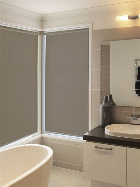 Modern Bathroom Roller Blinds Roller Blinds Installation Contemporary Bathroom