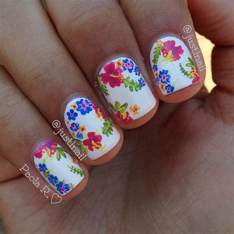 Nails Blumen by 50 Flower Nail Designs For Stayglam