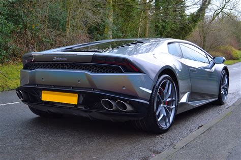 3m car wrap for sale uk lamborghini huracan 3m 1080 psychedelic wrap reforma uk c7 corvette