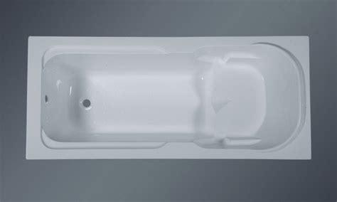 Standard Bathtubs by Standard Size Of Bathtub Crowdbuild For