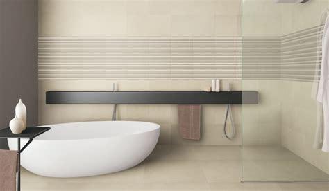 spazio bagno rivestimenti bagni spazio beige segala ceramiche