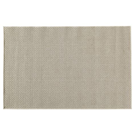teppich kunststoff outdoor teppich dotty aus kunststoff 120 x 180 cm