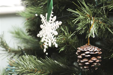 picture snowflake christmas pine tree winter decoration conifer