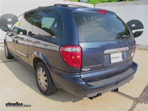 chrysler town and country hitch 2006 chrysler town and country trailer hitch curt