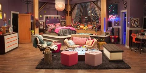 icarly bedroom set behind the scenes quot icarly quot set photos dan schneider