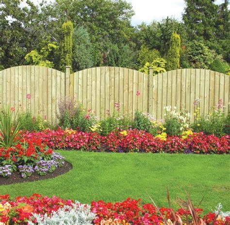 flower garden fencing vallas de madera y vallas met 225 licas para el jard 237 n