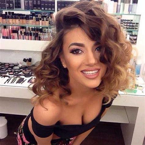 medium length hairstyles with side part 35 medium length curly hair styles hairstyles haircuts 2016 2017