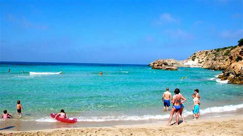 vacanze ibiza vacanze a ibiza consigli divertimento spiagge e movida