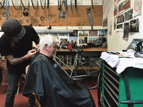 apprentice haircuts melbourne a lighter day haircuts for the homeless by taylor