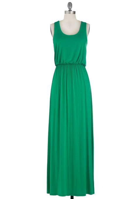 Green Dress summer stroll dress in green