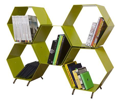 libreria alveare mini librerie salvaspazio a parete o in mezzo alla stanza