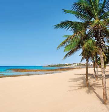 best beaches lanzarote the best beaches in lanzarote villa holidays