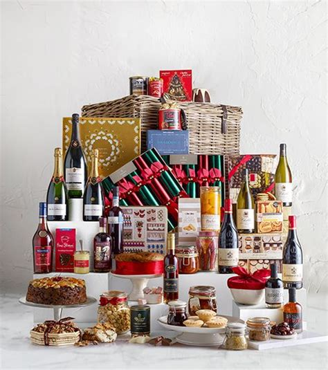 gift food wine chagne lewis