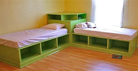 Corner Bunk Bed Plans White Corner Unit For The Storage Bed Diy